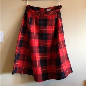 Fun and festive plaid skirt with pockets!